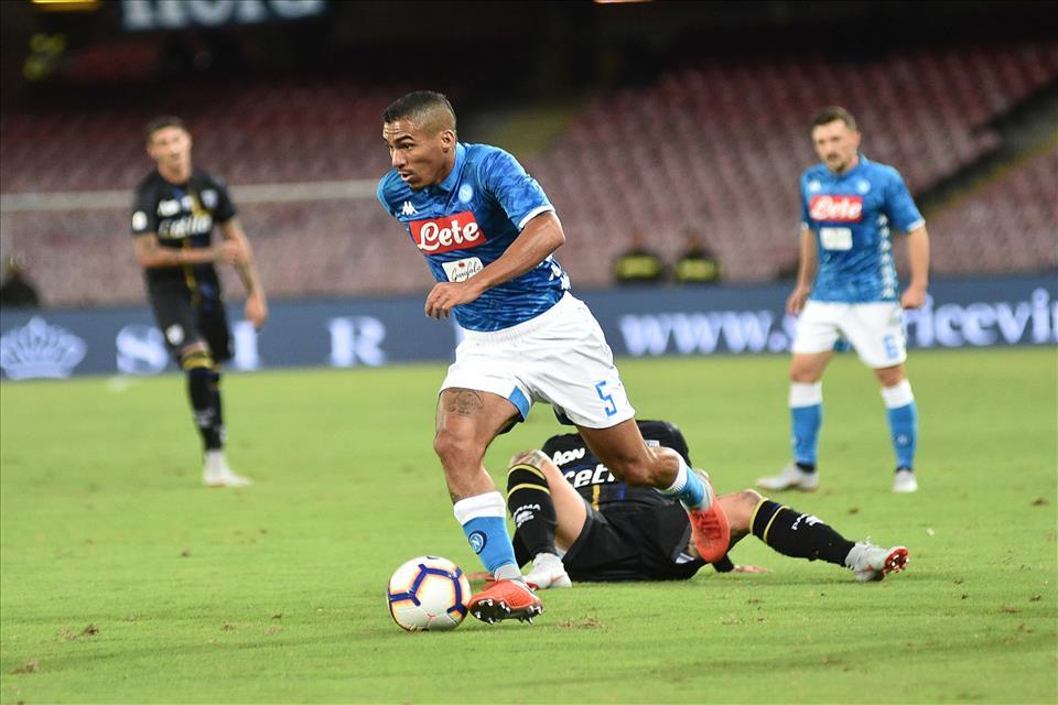 Sky: «Nessuna offerta del Psg per Allan, il Napoli vuole troppo»