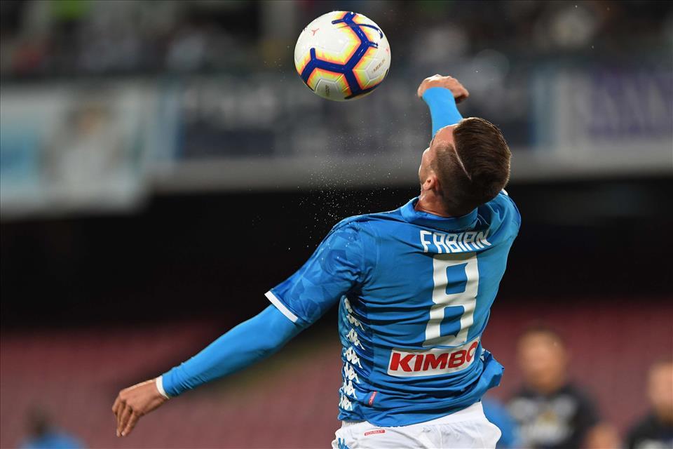 Napoli-Liverpool 0-0, primo tempo: azzurri fluidi e coraggiosi, partita di grande intensità