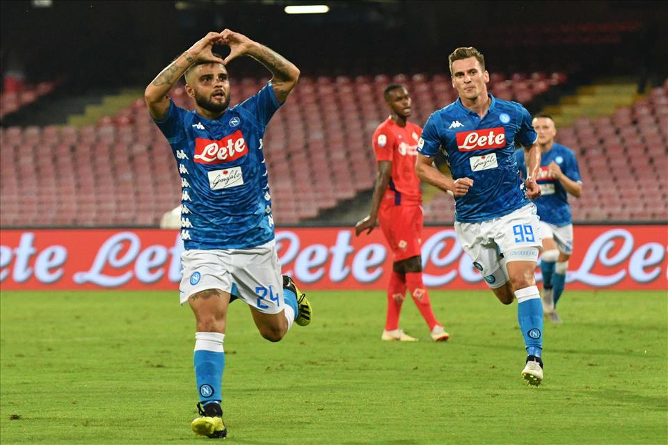 Alciato (Sky) analizza lo scontento di Ancelotti col linguaggio del corpo, dopo due secondi il Napoli segna