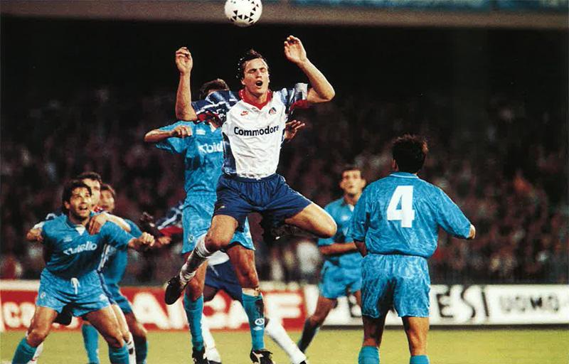 L'Equipe e il precedente tra Napoli e Psg: «Così il club parigino si fece conoscere in Europa»