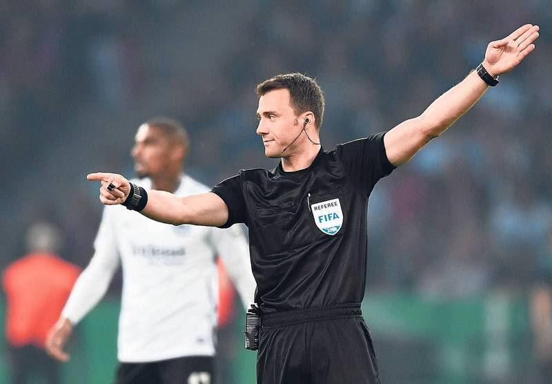 Psg-Napoli, arbitra il tedesco Zwayer: un solo precedente (negativo) con gli azzurri