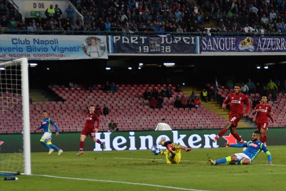 Nel gol di Insigne al Liverpool c'è il calcio del Napoli di Ancelotti