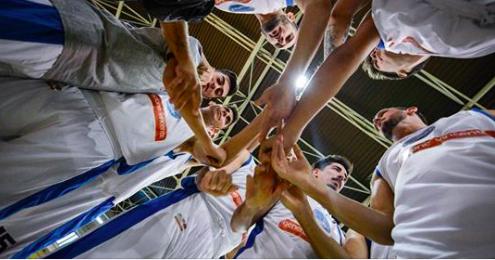 Prima vittoria del Napoli Basket (in trasferta a Roma)