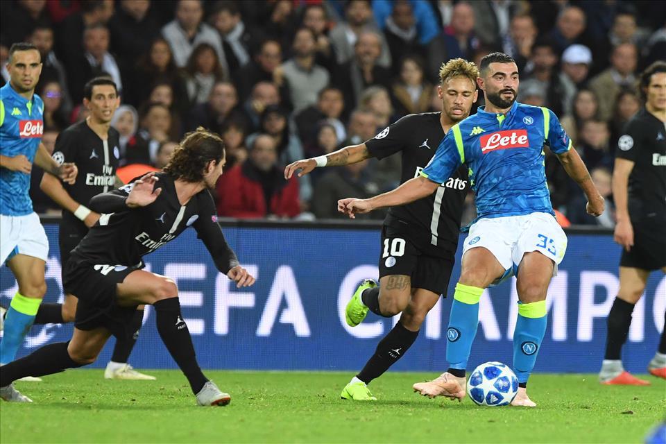 L'Equipe elogia il Napoli: «Mai il Psg di Tuchel è stato così dominato, nemmeno a Liverpool»