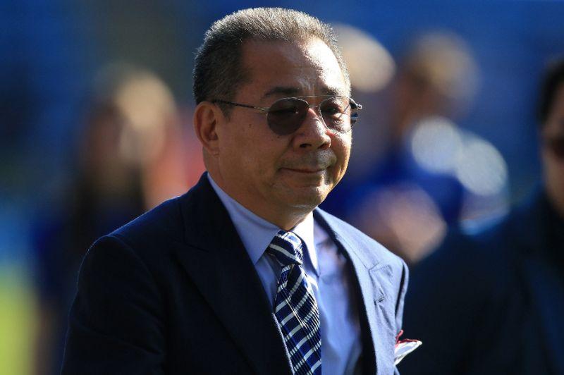 Un elicottero si è schiantato a pochi metri dallo stadio del Leicester: a bordo c'era il presidente del club