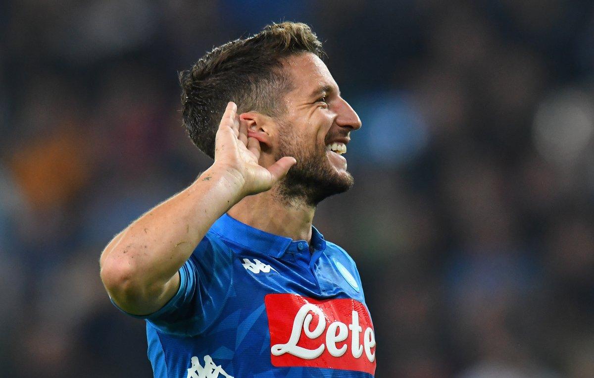 Napoli-Empoli 5-1, a segno Insigne, Mertens (tripletta) e Milik