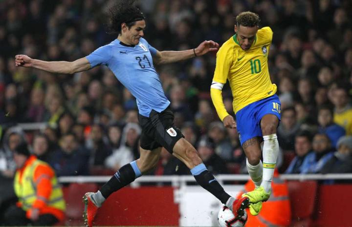 Il rapporto tra Cavani e Neymar sta migliorando