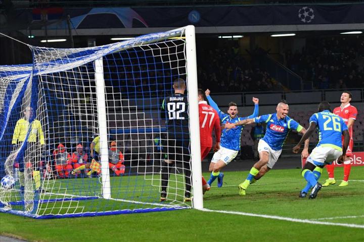 Hamsik rompe il tabù: primo gol del Napoli su palla inattiva