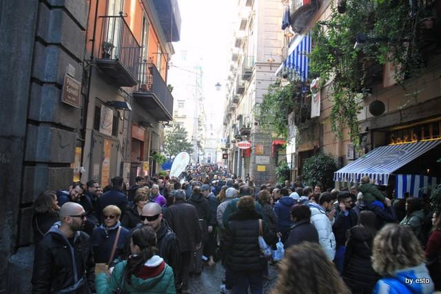 Alle origini dei Decumani di Napoli