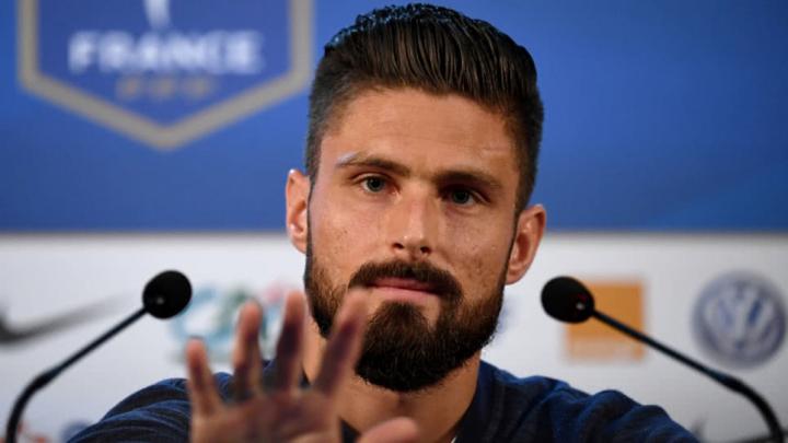 Giroud: «Per i calciatori gay è impossibile coming out»