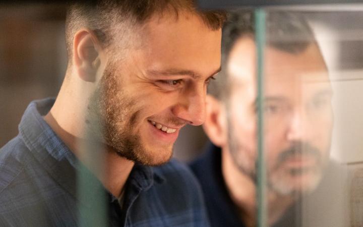 Anastasio è lo specchio degli artisti indifferenti di oggi