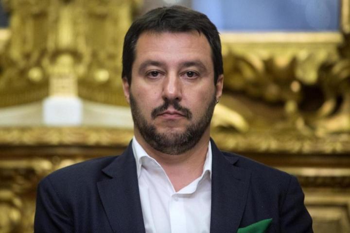 Quando Salvini diceva: «Le partite vanno sospese per cori razzisti»