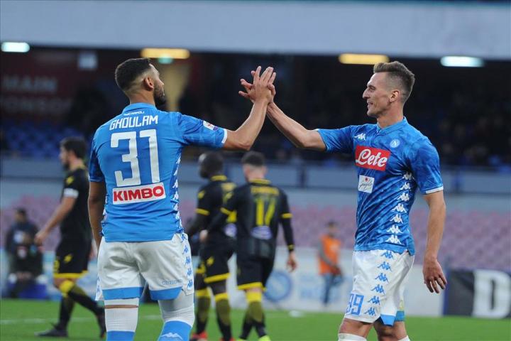 Napoli-Frosinone 4-0, pagelle / Un capolavoro di fantasia al potere