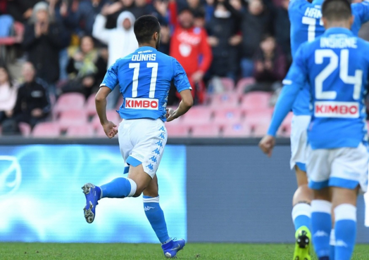 Napoli-Frosinone 4-0: Zielinski, Ounas e due volte Milik