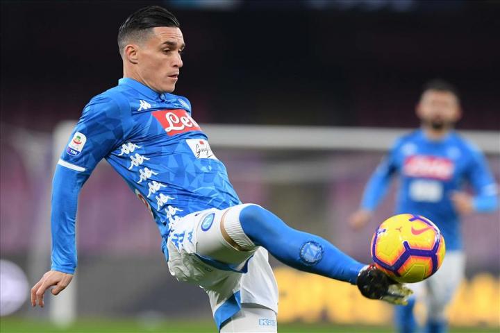 Napoli-Lazio p.t. 2-0: Callejon e Milik su punizione