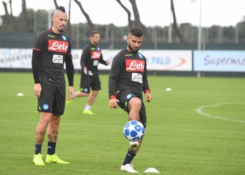 Napoli, tutti convocati per Liverpool: c'è anche Albiol