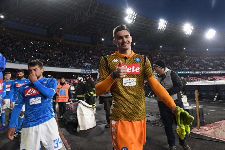 Napoli-Spal 1-0: Albiol e Meret per una vittoria minimal