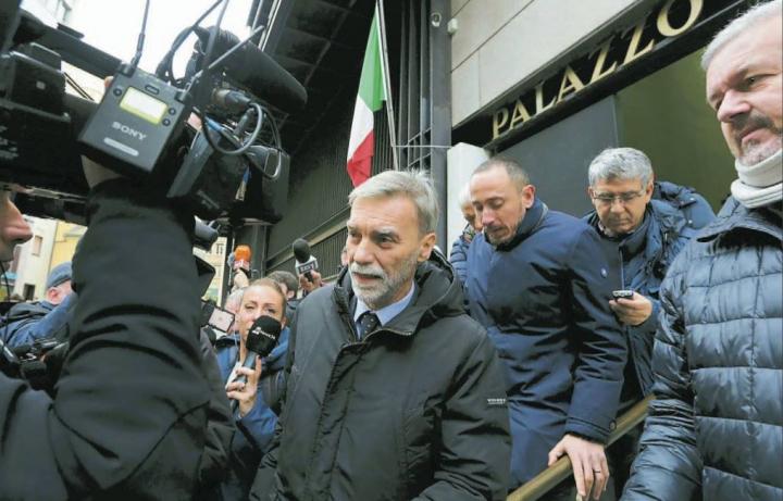 """Delrio ascoltato in Procura sul Morandi: """"Mai avuto segnalazioni dai tecnici"""""""