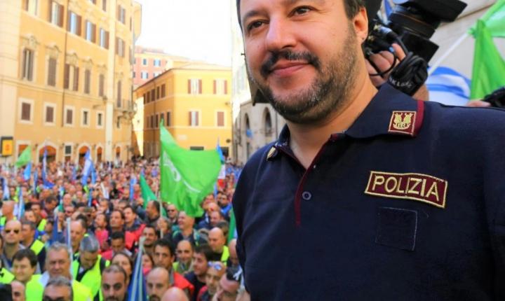 Salvini sta con gli ultras o con i poliziotti?