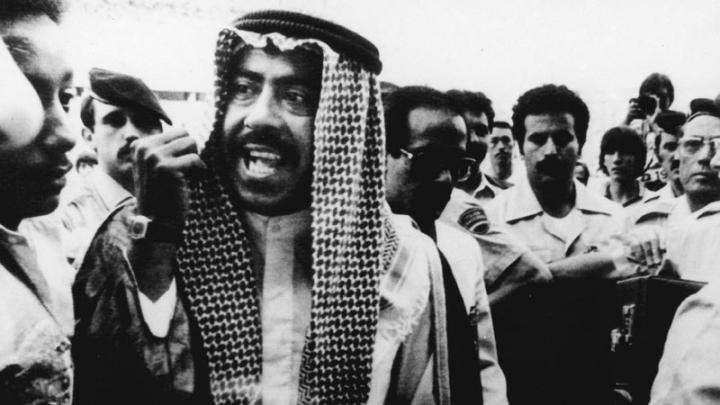 De Laurentiis come l'emiro del Kuwait nel 1982: agli altri i 3 punti, al Napoli la storia