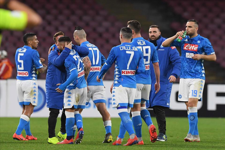 Napoli-Samp 3-0, pagelle / La psicologia paterna di Re Carlo cancella l'anomalia di Milano