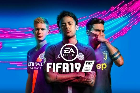 """""""EA ha deciso di rimuovere Cristiano Ronaldo dalla copertina di Fifa 19"""""""