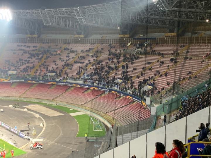 Napoli denuncia una disaffezione che riguarda tutto il sistema calcio