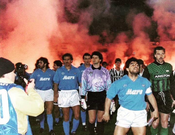 Maradona riconosce altri tre figli. Ormai non si contano più i mariti dribblati
