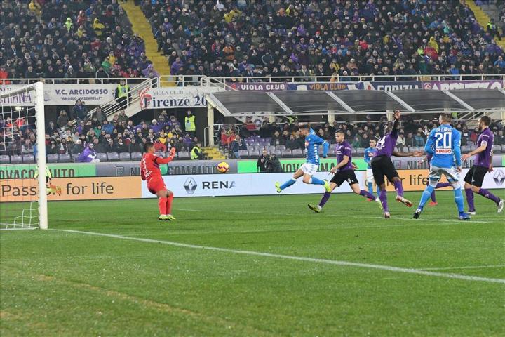 Sky: «Napoli sprecone, Mertens deve andare cattivo su quella palla»