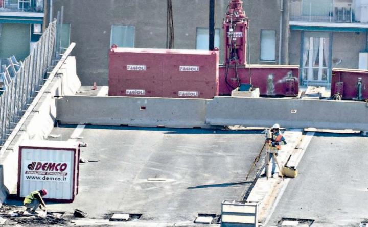 Ponte Morandi. Autostrade trasferisce gli indagati. Gli accordi escludono i familiari delle vittime dal processo