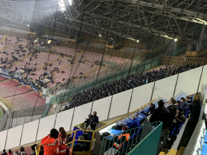 L'unico settore pieno è quello riservato ai tifosi dello Zurigo