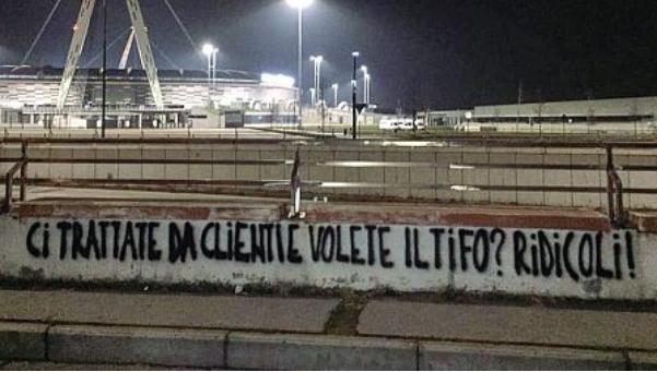 """Anche alla Juventus i tifosi veri contro gli ultras: """"Stanno perdendo soldi e potere"""""""