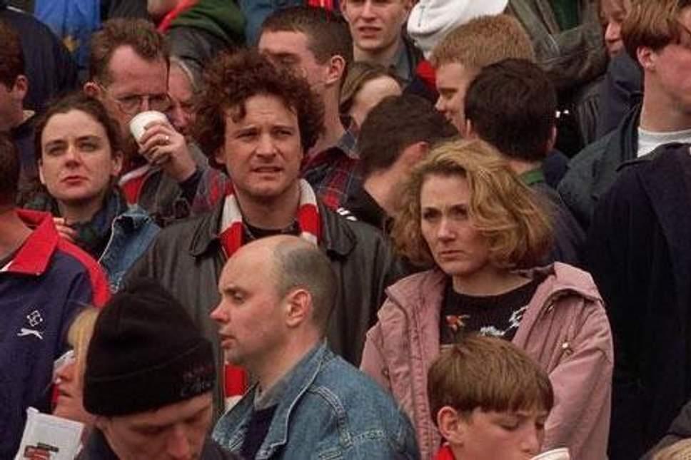 """Napoli-Arsenal è anche """"Febbre a 90"""" di Nick Hornby il manifesto di ogni tifoso"""