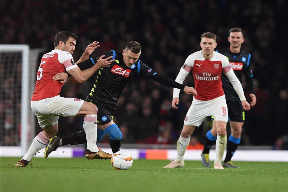 Daily Mail: «Il Napoli provvisorio e nervoso. Ma Carlo dice di avere ancora chance»