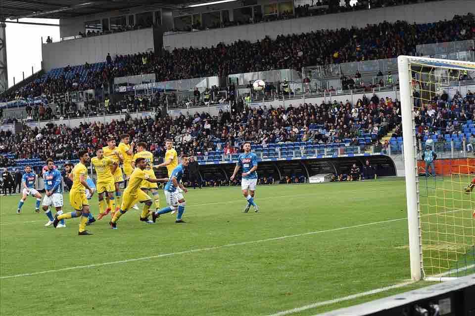 Frosinone è un punto di non ritorno, bisogna schierarsi a difesa del Napoli