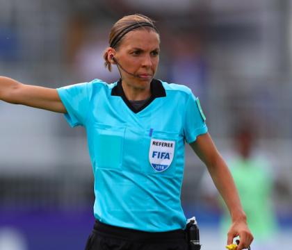 Per la prima volta un arbitro donna nella Ligue 1 francese