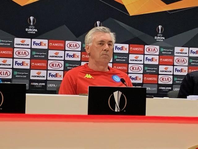Ancelotti tira un solco con gli ultras: «Pretendere un risultato non mi piace»