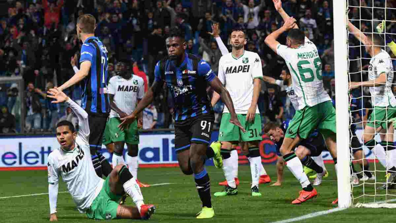 Atalanta-Sassuolo: il primo tempo finisce in rissa. Espulso Berardi