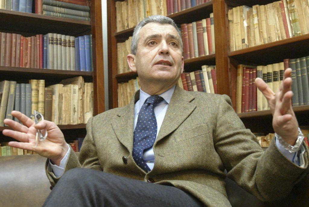 Botti: «De Laurentiis non rispetta il modo di vivere il calcio a Napoli, ignora i tifosi (o li deride). Questo dà fastidio»