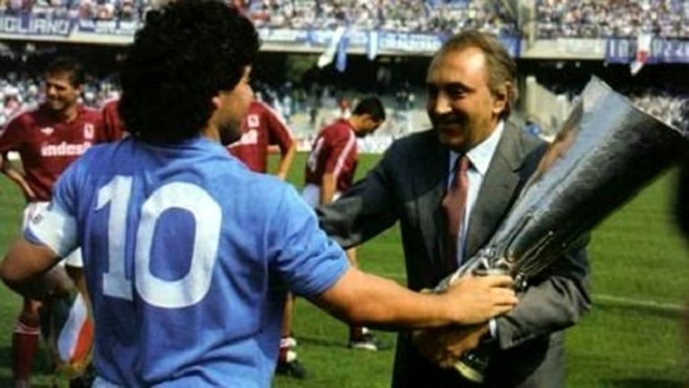 Ferlaino contro il film di Kapadia su Maradona: «Napoli non è solo camorra e i napoletani non sono incivili fanatici»