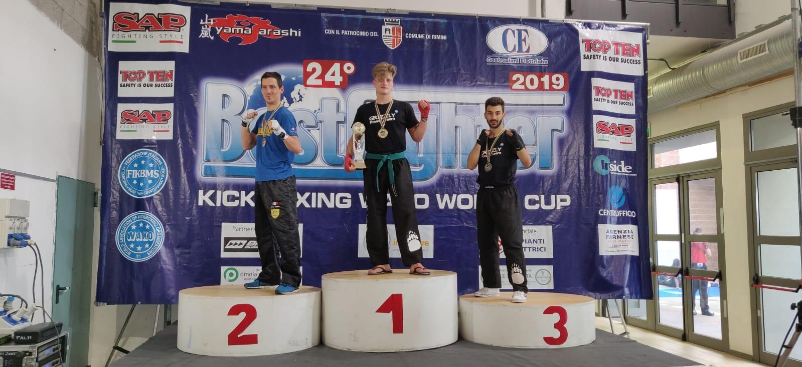 Kickboxing: il GPT di Napoli porta a casa 3 ori, 3 argenti e 2 bronzi
