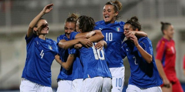 """Calcio e mestruazioni, il Chelsea Women cambia gli allenamenti: """"non siamo piccoli uomini"""""""