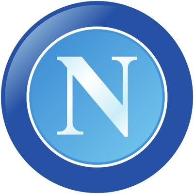 """La risposta del Napoli a Lady Malcuit: """"I napoletani non sono razzisti ma alcuni imbecilli sì"""""""