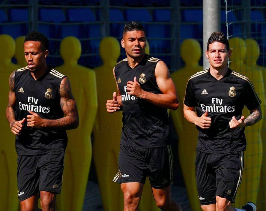 AS: James sorprende Zidane con un gol da manuale in allenamento (Video)