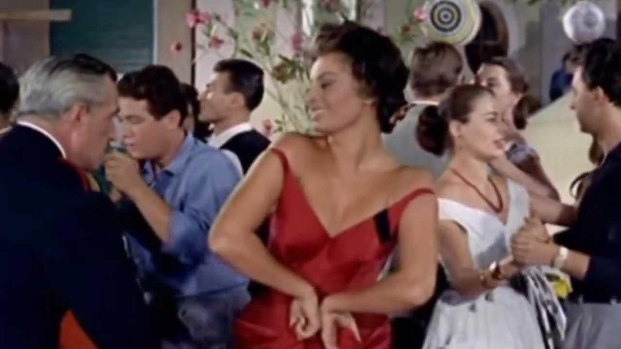 """Sofia Loren: """"Senza qualcuno che crede in te non vai da nessuna parte. Ringrazio mio marito e De Sica"""""""
