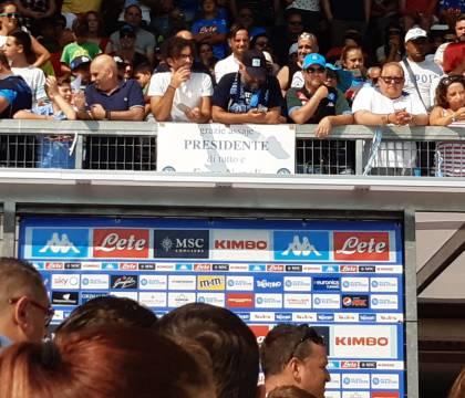 "Tifosi entusiasti a Dimaro per De Laurentiis: ""Grazie assaje"