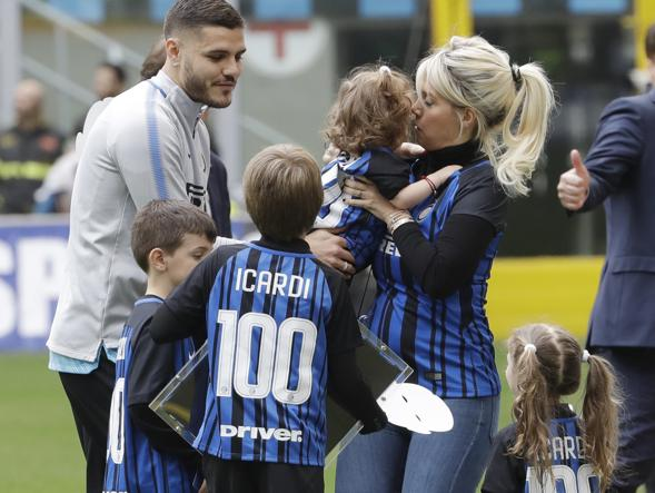 Sport Mediaset: Icardi vuole rimanere all'Inter, ha chiesto e ottenuto la maglia numero 7