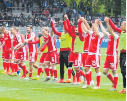 Esordio in Bundesliga dell'Union Berlino. Suo il primo stadio tedesco costruito dai tifosi