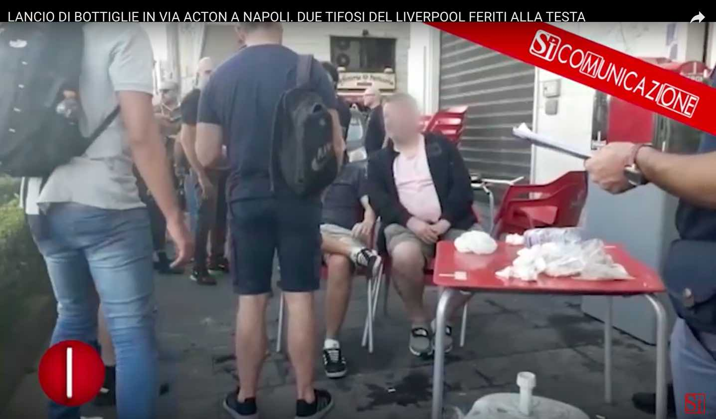 Napoli-Liverpool: Due tifosi del Liverpool feriti dal lancio di bottiglie (VIDEO Sì Comunicazione)
