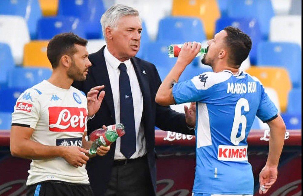 Callejon mezzala e il 2-6-2 in fase d'attacco, il Napoli di Ancelotti non resta mai fermo